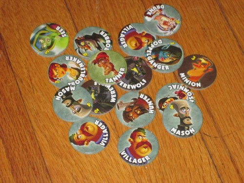 These tokens help players track which roles are mixed into the game. Very handy.