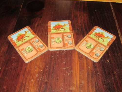 There are three leg betting tiles available in each leg for each camel.