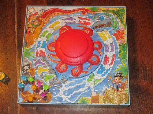 Titus Tentacle set up for four players. The game box is part of the board.