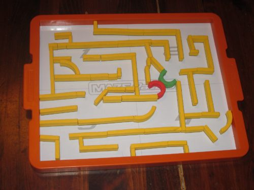 A yellow maze. In this round, the start gate was in quadrant 2 and the end gate was in quadrant 4.